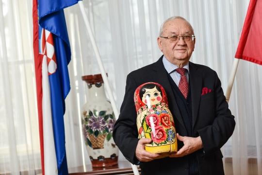 Anvar Sarvarovič Azimov