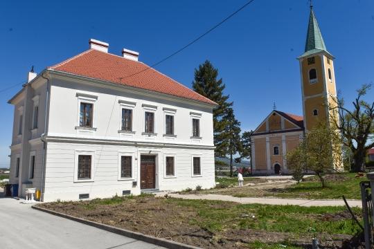 Rekonstrukcija crkvene površine u Svetoj Nedelji